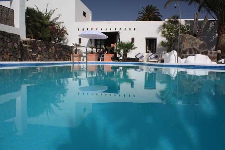 Casita Susi is a dream studio villa - Haría