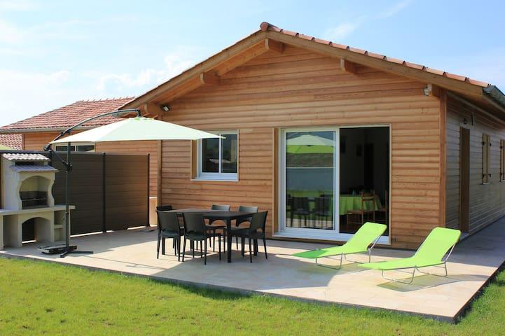 Gite Maison Bois au Pays Basque - Saint-Jean-le-Vieux - Huis