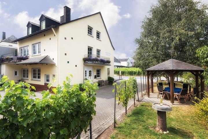 "Winery apartment ""Classic"" - Trittenheim"