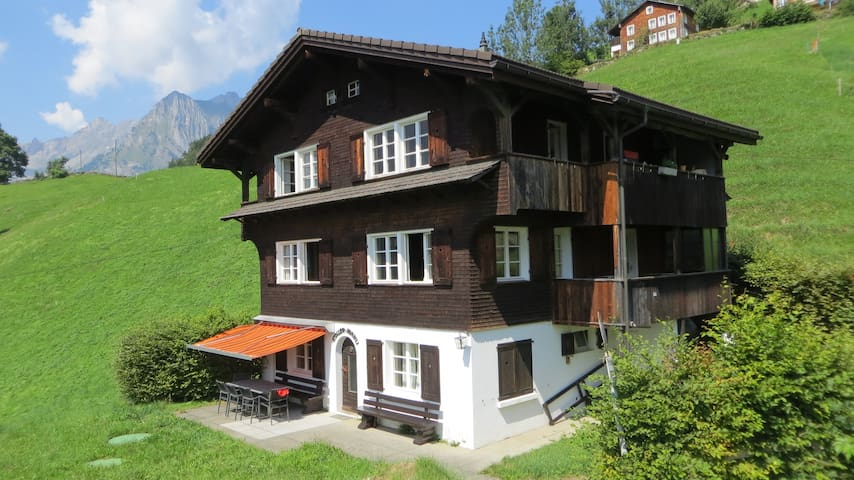 Best view in Engelberg - Engelberg - Rumah