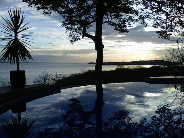 Ocean View Villa in Costa Rica - Puntarenas