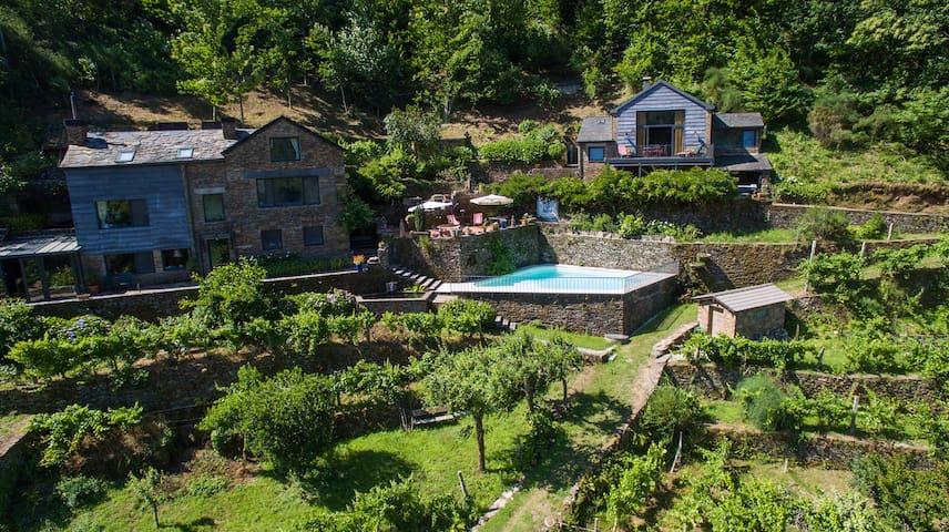 Stunning Riverside House - Castro Daire - Villa