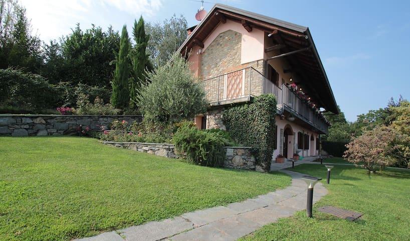 Villa & swimming pool nearby Arona - Montrigiasco - 別荘