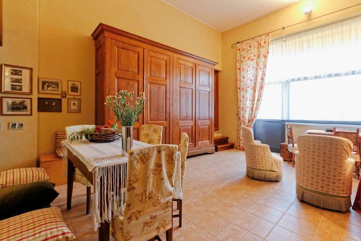 CadiTrau Alloggio piano Giardino - Mosso Santa Maria