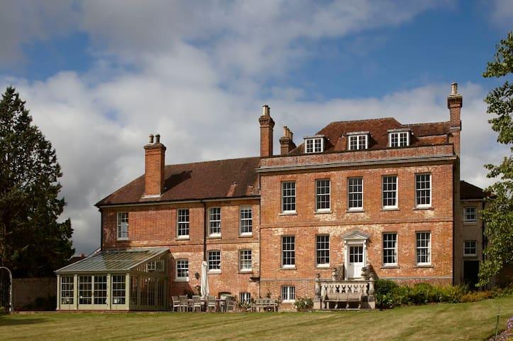 Charming apartment in historic home - Droxford - Leilighet