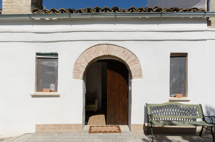 Tranquil BnB amongst olive groves - Piano Croce 34 - Huis