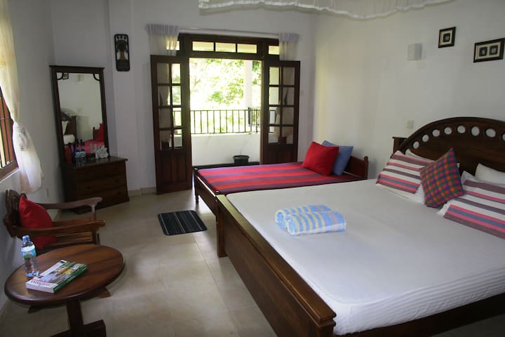 Relax In Front Of River Mahaweli  - Kandy - Apartament