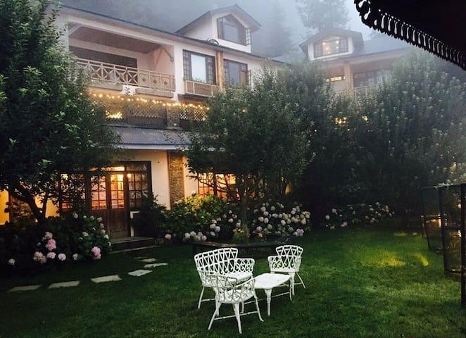 Mahasu House, Mashobra, Shimla. - SHIMLA - Bed & Breakfast