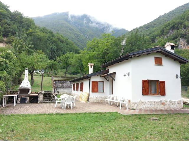 Villa a due passi dal lago Scanno - Scanno - Villa