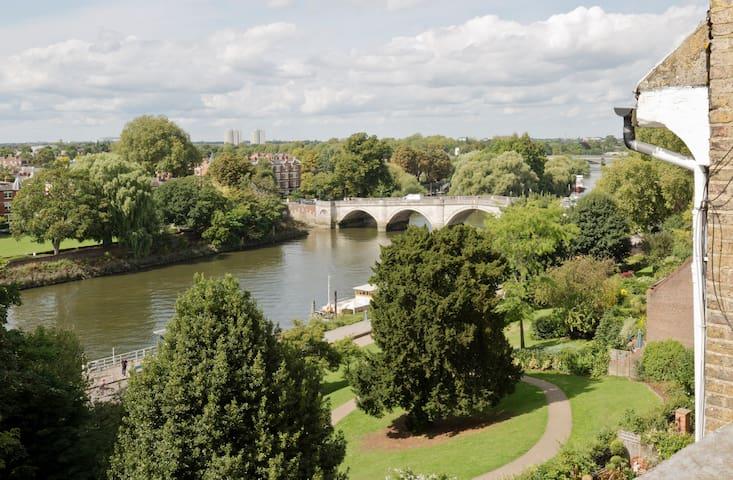A unique flat with a river view - Richmond - Apartmen