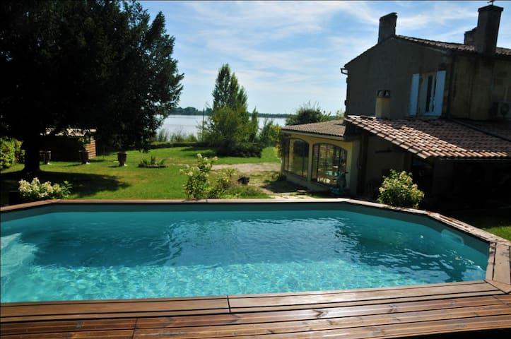 House for 6, 800sqm garden w pool - Bayon-sur-Gironde