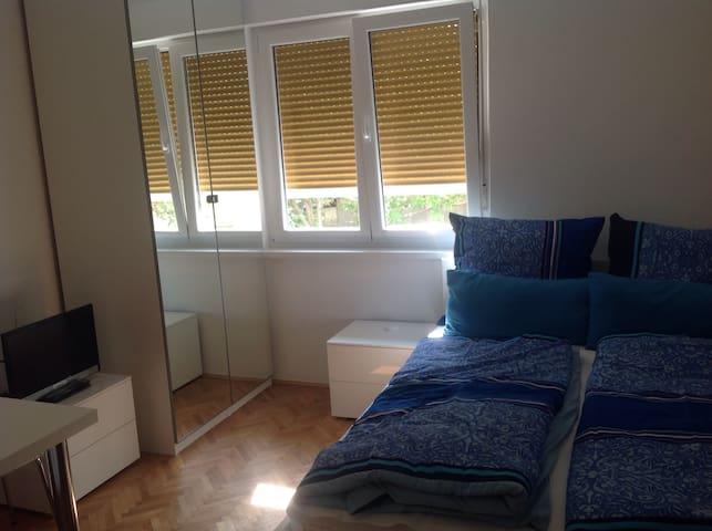 Studio Rijeka, im Stadtteil Krimeja - Rijeka - Appartement