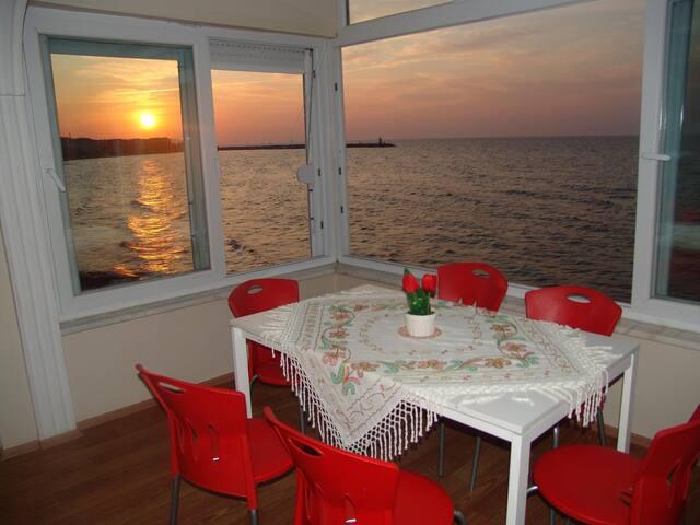 PANORAMA BEACH Strandwohnung - Çınarcık - Appartement