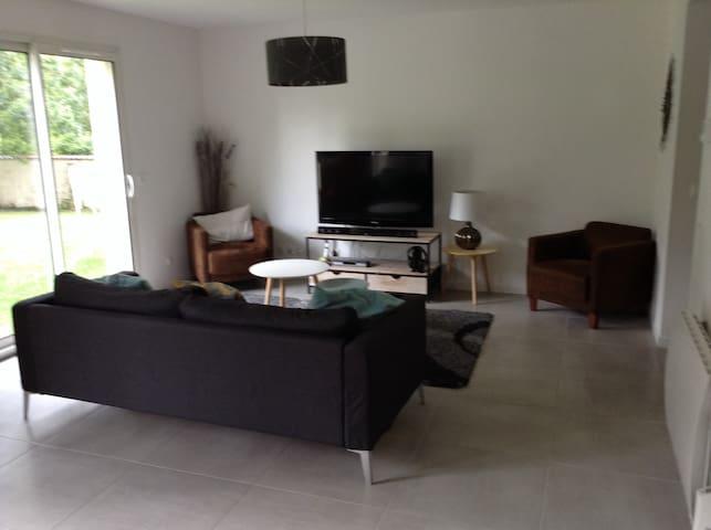 Maison 180 m2 avec  jardin - Goupillières - Huis