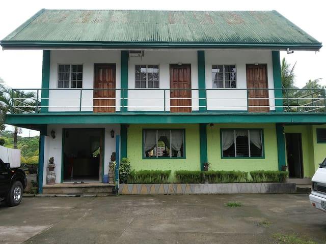 Banlasan Lodge (Main) - VIP I - Carmen - Maison