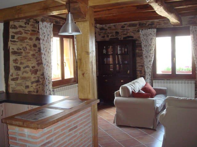 Casa con encanto en Yanguas, Soria - Yanguas - Huis