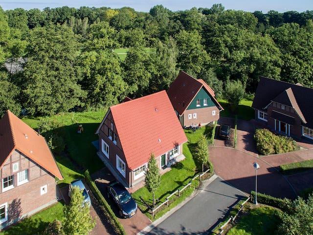 Villa Fedora (privé sauna) - Bad Bentheim - Hus