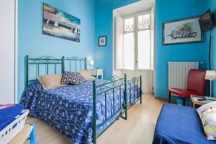 Room with breathtaking views of the old town - Salerno
