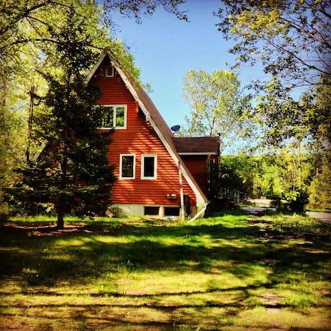 Cozy cottage near Birds Hill Park - East Saint Paul - Huis