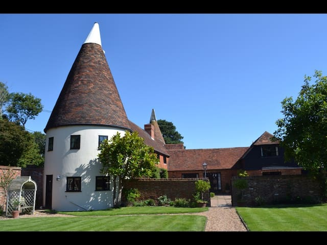 Private Wing of Our Oast House Rye - Rye - Rumah