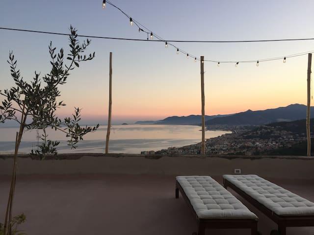 Amazing terrace view - Verezzi - Daire