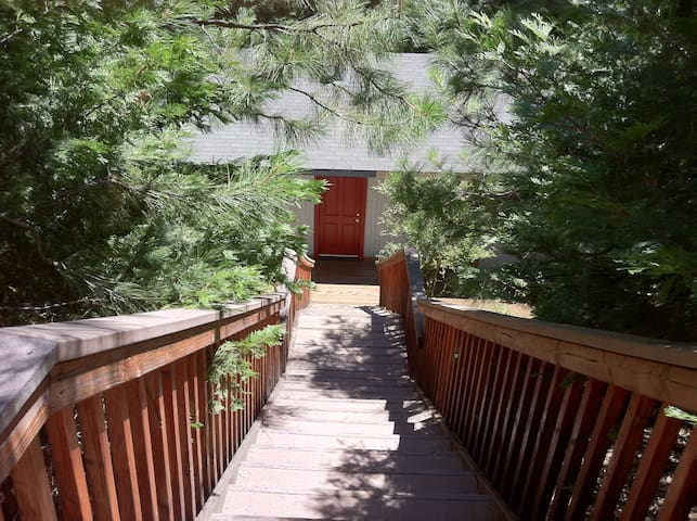 Comfortable Forest Retreat House at 4000 Elevation - Pollock Pines - Hus