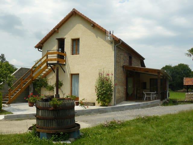 Gite Phoenix 2 à 10 personnes Béarn - Lespielle - Rumah