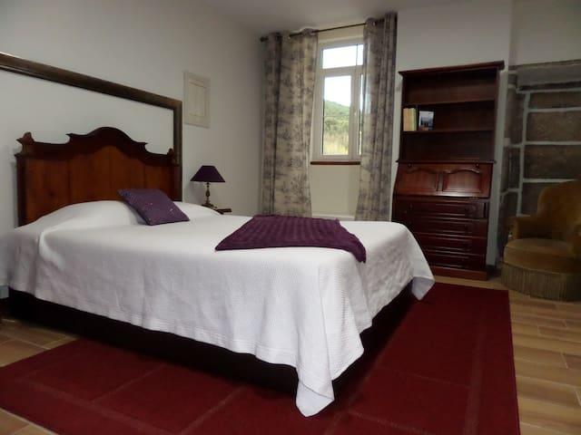 Casa Grande do Seixo Quarto Duplo - Chaves - 家庭式旅館