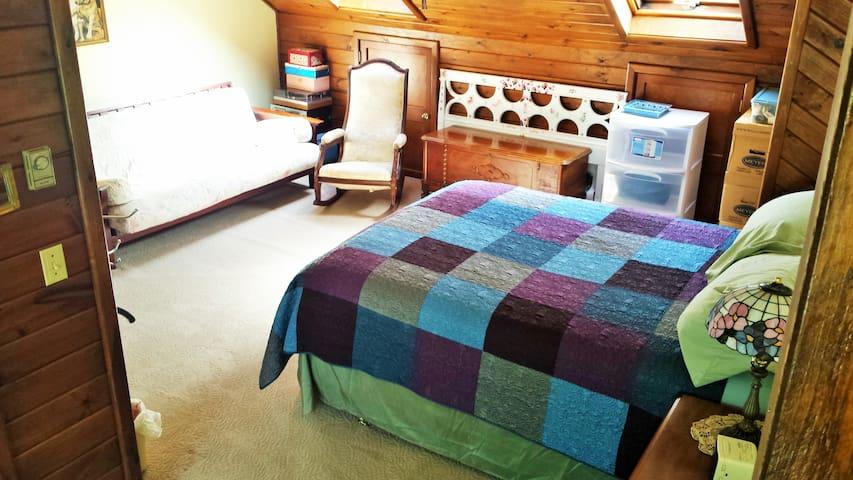 Beautiful Property, Friendly Home 3 - Newington - Hus