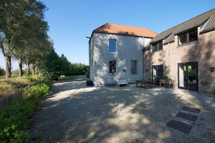 Studio with terrace along the river - Oudenaarde - Leilighet