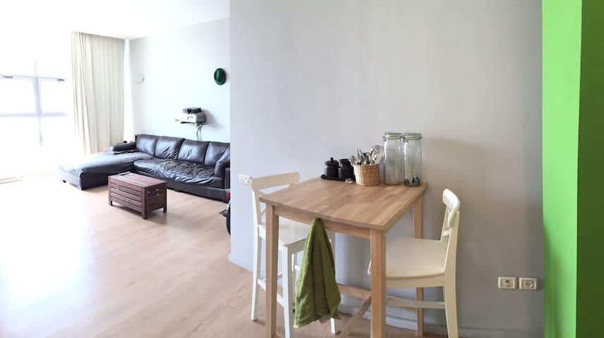 le top 20 des lofts à louer à azaria - airbnb, district centre, israël