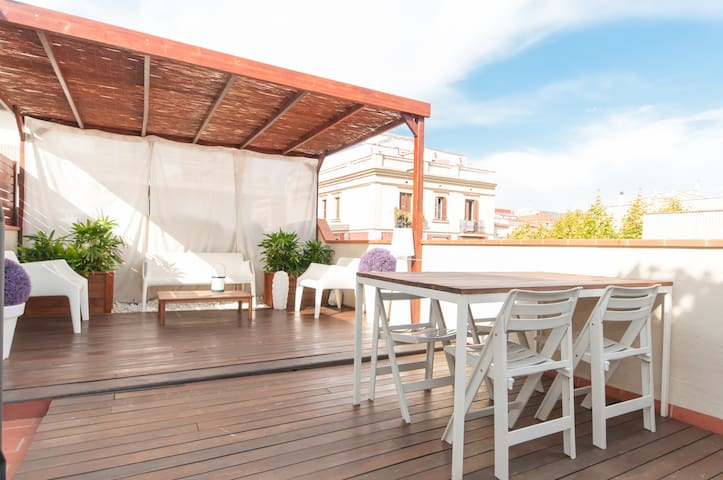 LUXURY PENTHOUSE WITH PRIV. TERRACE - Barcelone - Loft