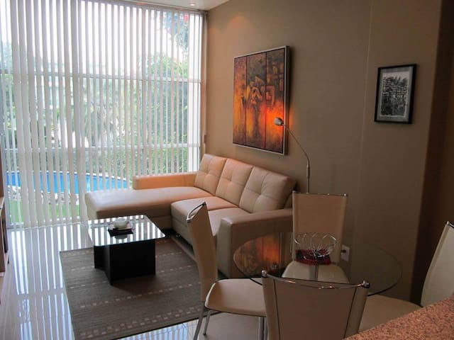 1 Bedroom Suite w/hotel service - Cuernavaca - Appartement