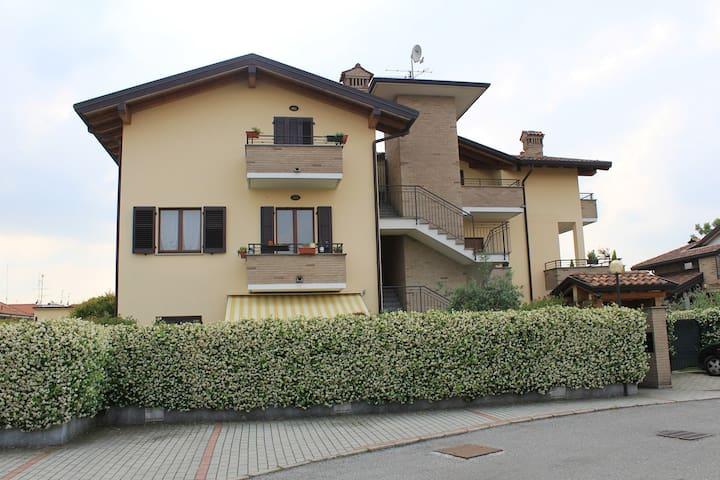 Guest House Mariano Comense ( Co ) - Mariano Comense - Kondominium