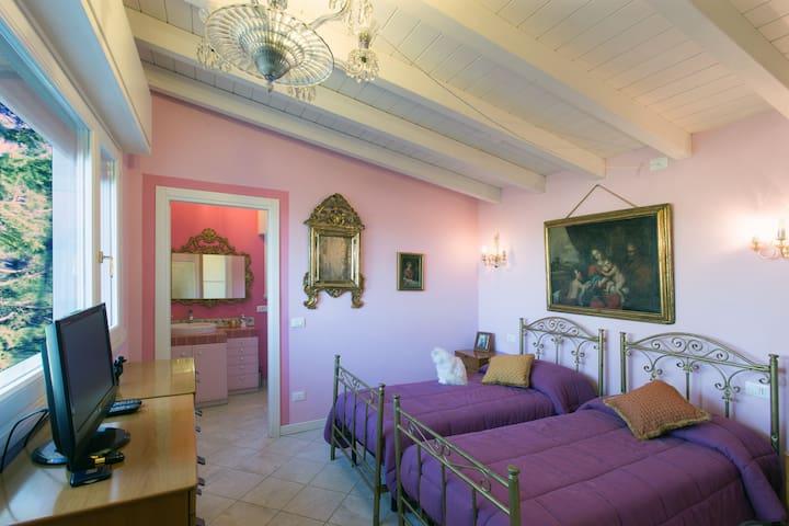 B&B Villa Turchina**** Appartamento - Castellar Guidobono - Villa