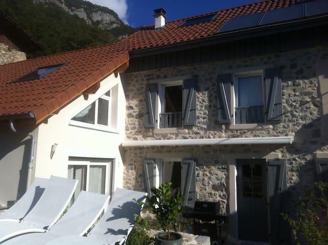 house in the countryside - La Flachère - Villa