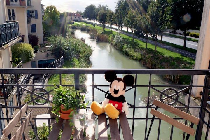 Kids-Friendly 2 Bedrooms Apt, 5 Minutes Disneyland - Marne-la-Vallée  - Lägenhet