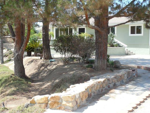 Quiet, Private Home Close to all - Wildomar - Casa