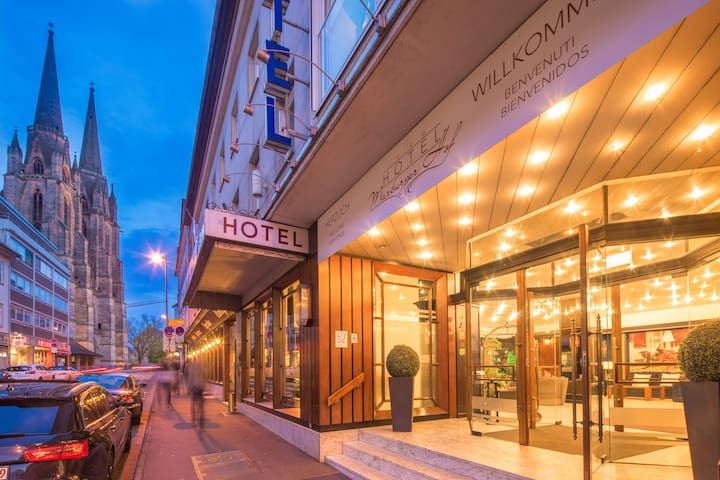 Hotel Marburger Hof - Marburg - Oda + Kahvaltı