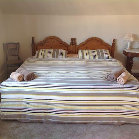 Edwardian Seaside Family Home - 士嘉堡(Scarborough) - 家庭式旅館
