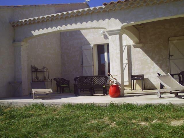 maison en campagne - Mondragon - Casa