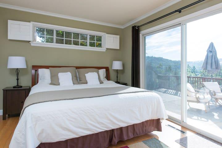 Natural beauty, Safe, Free Parking, Huge Bed +View - Orinda