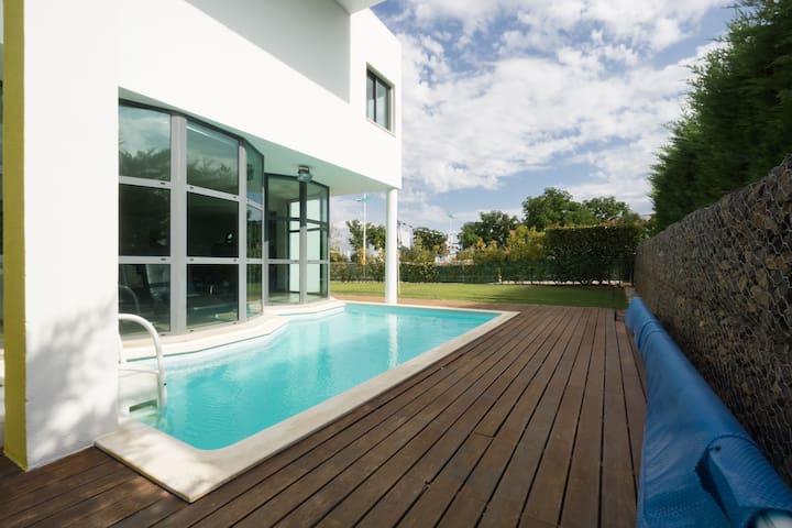 Family Villa, Pool, Golf nr Lisbon - Quinta do Anjo