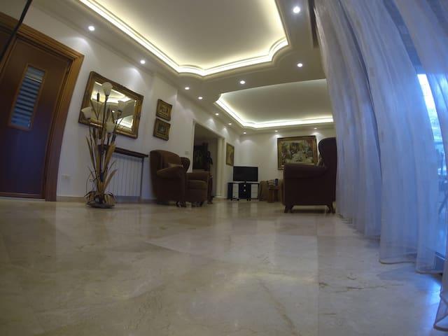 Residence 1111-Fabulous family home - Mansouriyeh - Apartamento