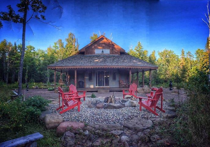 Serenity Lodge- Northwood's Retreat - Finland - Hus