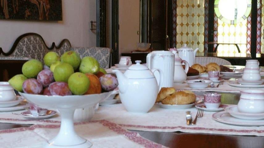 fabulous night! Agriturismo la torre - Bologna - Argelato - Bed & Breakfast