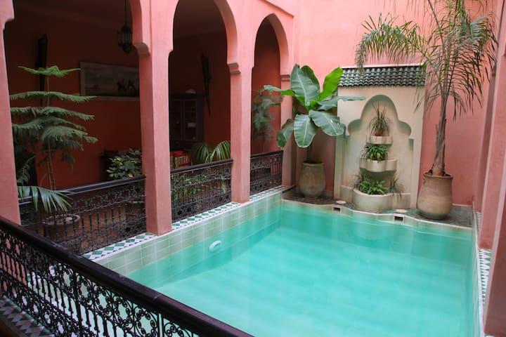 Riad Room double/ twin N°5 - Marrakesh - Bed & Breakfast