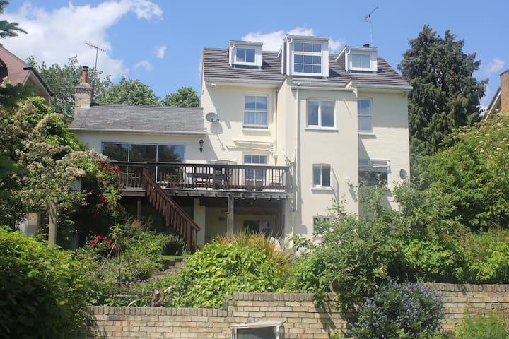 Sleeps 2- 4 by Harry Potter Studios @Warner Bros - Abbots Langley - Appartement