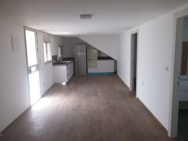 Beautiful and luxur housing unit. - Maor - Appartamento