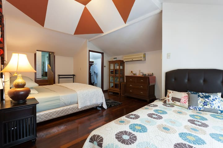 Garden Home with private swimming - Mueang Chiang Mai - Bed & Breakfast